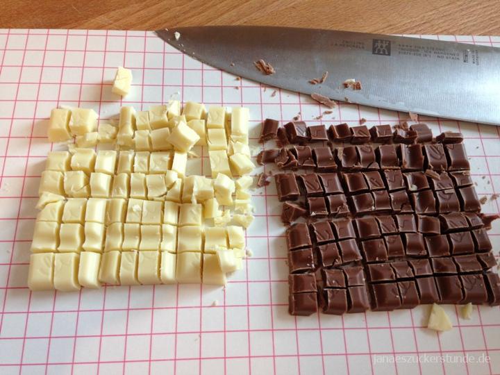 weiße und Vollmilchschokolade für Brownies