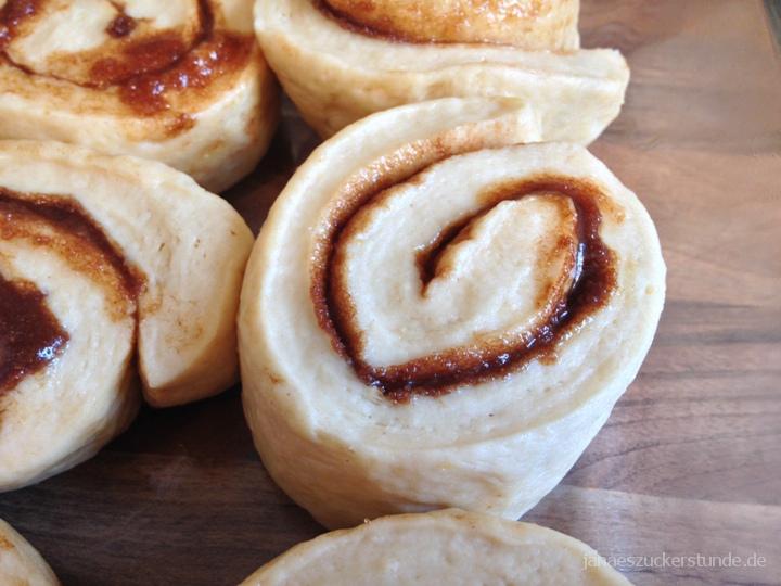 Cinnamon Roll Teig vergrößert