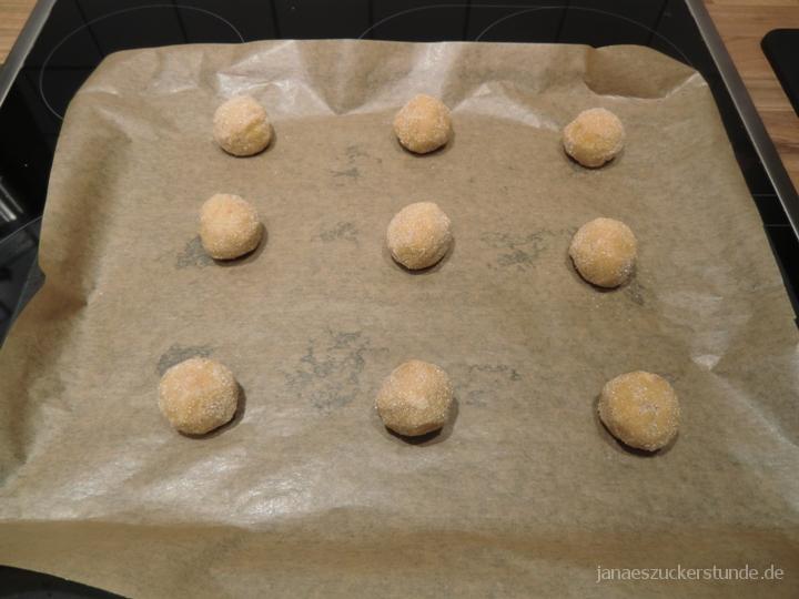 Erdnussbutter Cookies auf Backblech