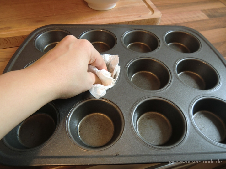 Muffin Backform fetten