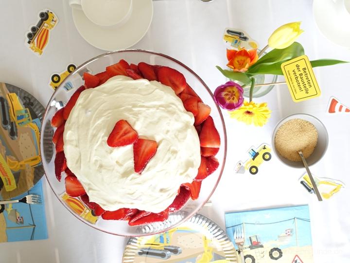 Erdbeer-Trifle von Oben